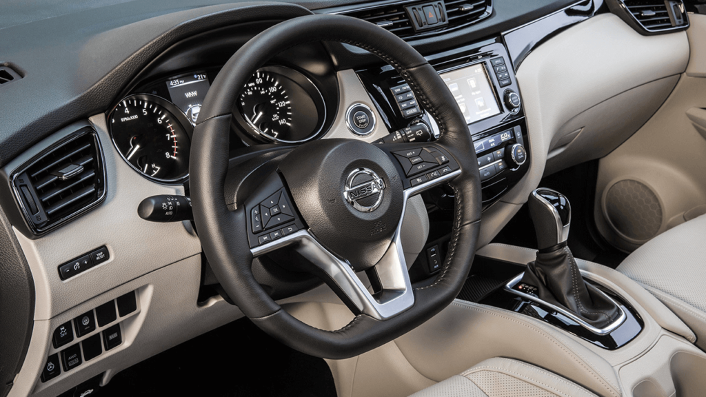 2017-nissan-qashwai-interior-wheel (1)-2