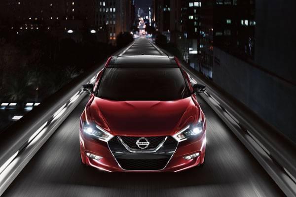 2017 Nissan Maxima Styling