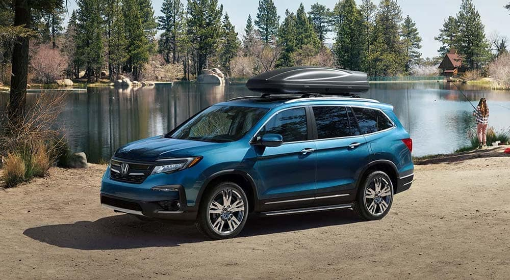 2019 Honda Pilot parked by the lake