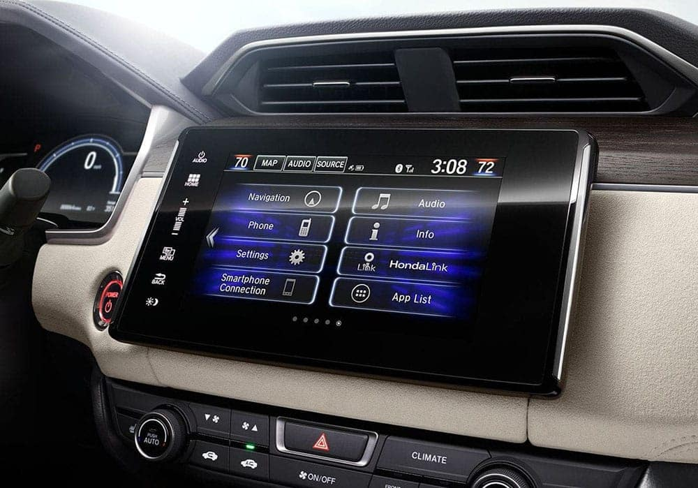 2019-Honda-Clarity-display-audio-touch-screen