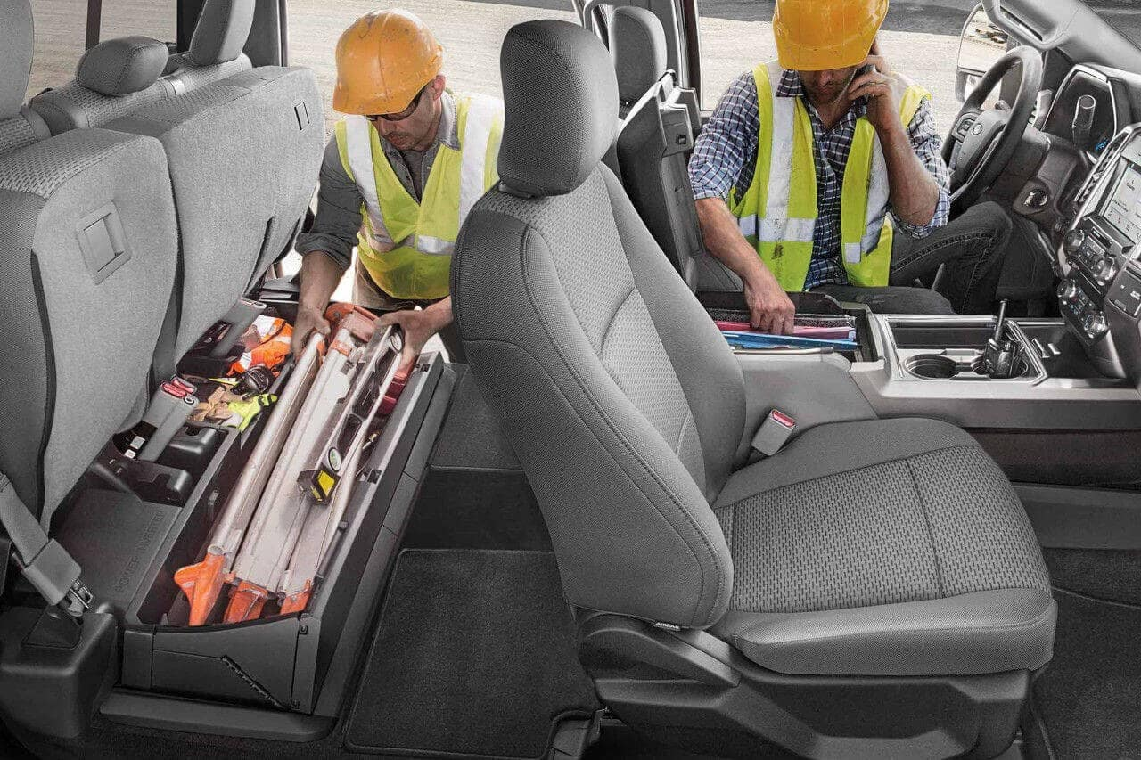 2018 Ford Super Duty Under-Seat Box