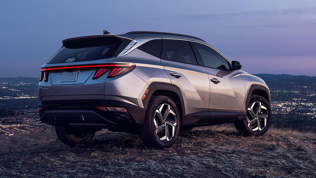 The front of the 2022 Hyundai TUCSON.