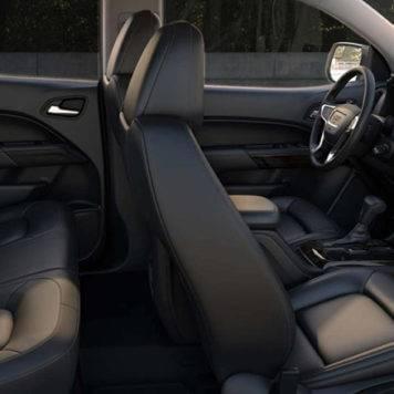 2017 GMC Canyon Seats