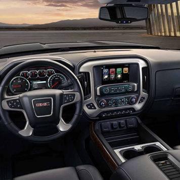 2017 GMC Sierra Dash