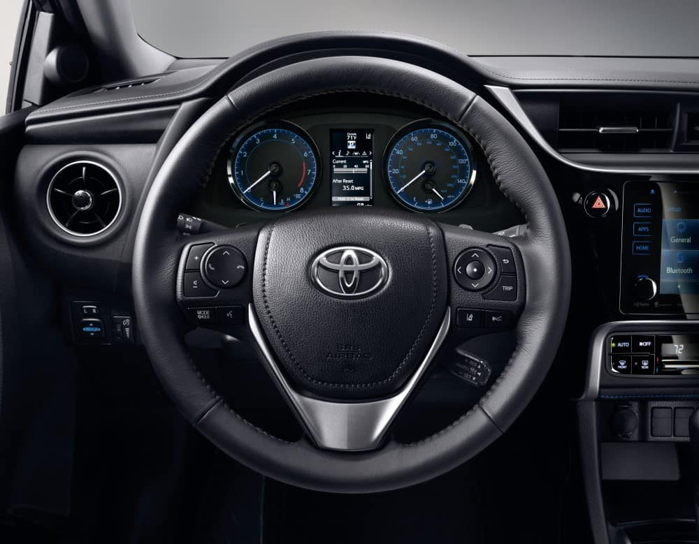 2019 Toyota Corolla Interior Technology