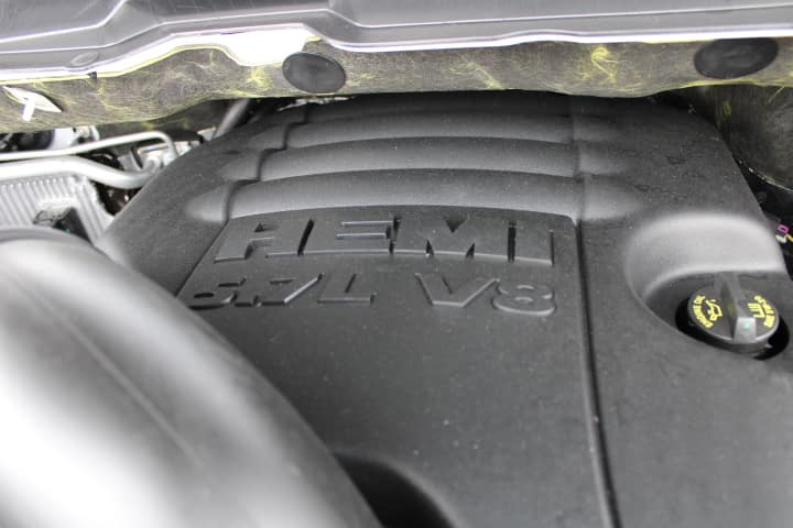 Hemi logo