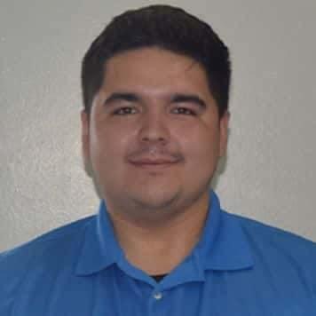 Byron Flores