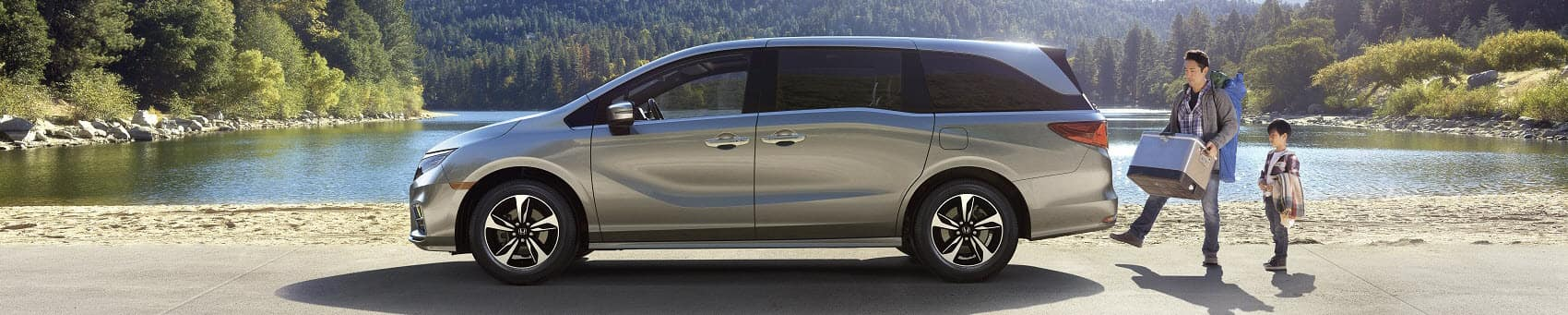 Family with Honda Odyssey