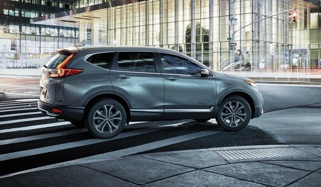Honda CR-V Driving