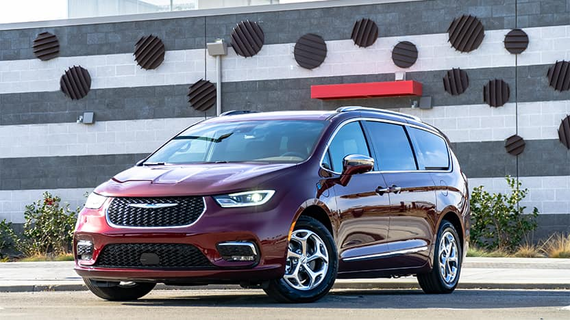 2021 Chrysler Pacifica in front of a building.