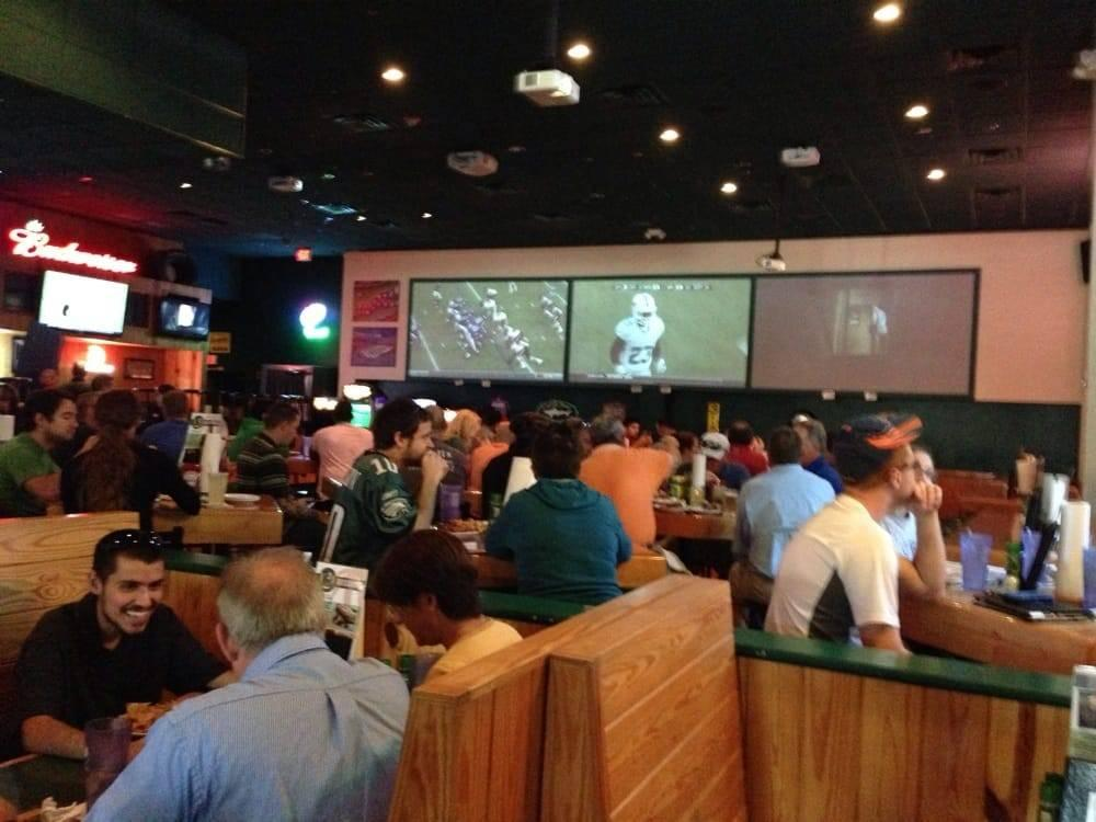 best-sports-bars-gainesville-florida