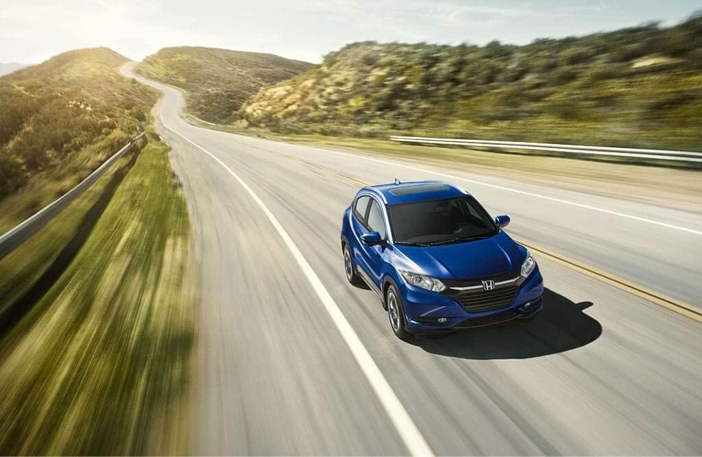 2018 Honda HR-V Driving on Hilly Freeway