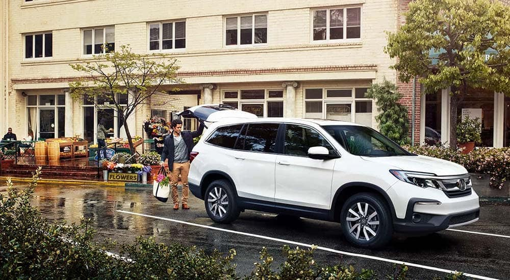 2019 Honda Pilot at school