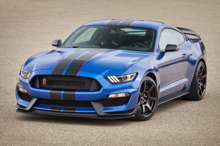 2017 Ford Colors >> Ford Shelby Mustang Gets New Colors And Features