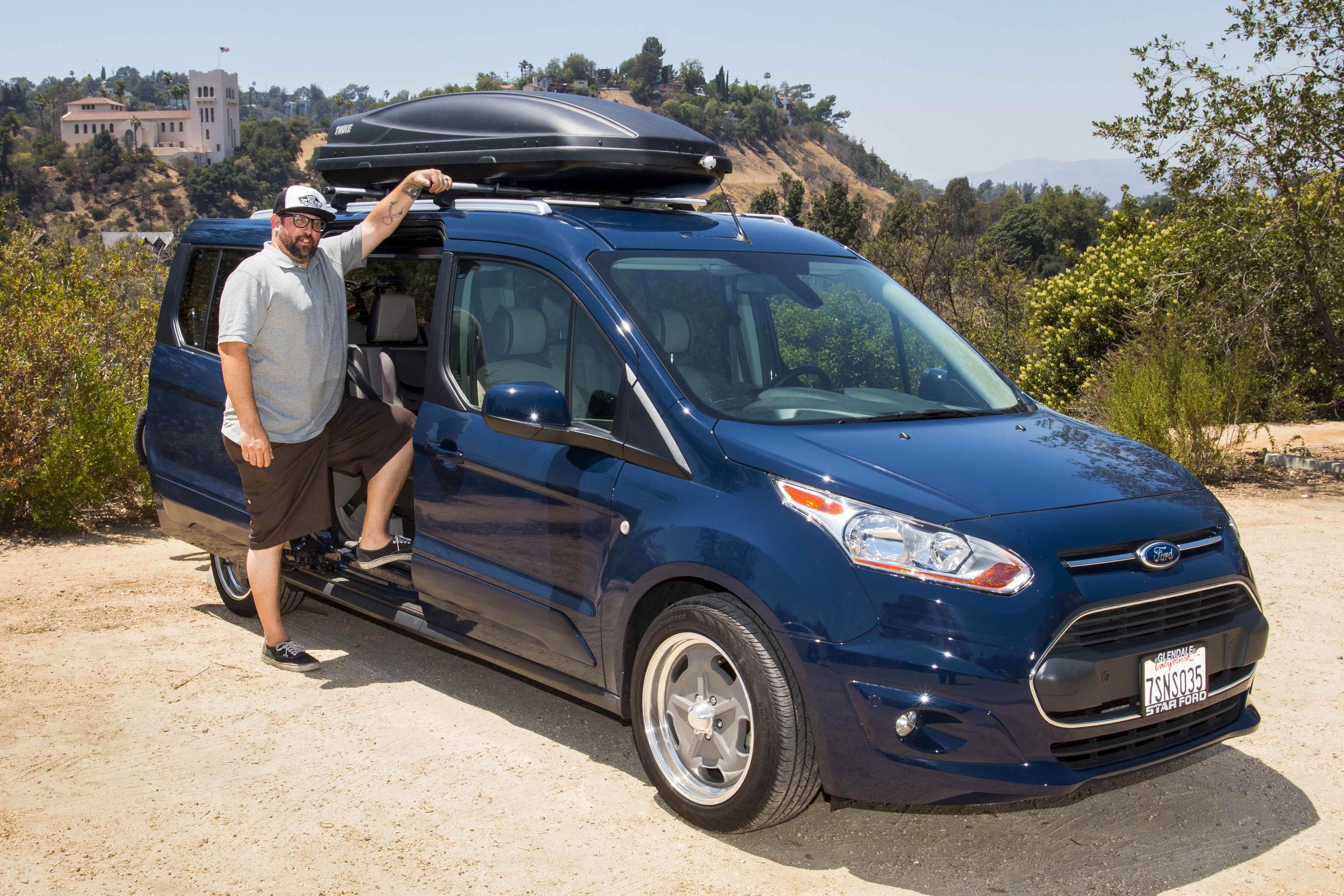 FORD TRANSIT CONNECT WAGON HELPS BALANCE WORK AND PLAY ...