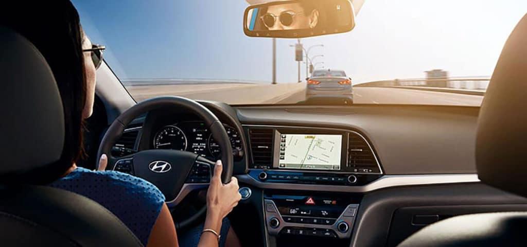 2018 Hyundai Elantra dashboard