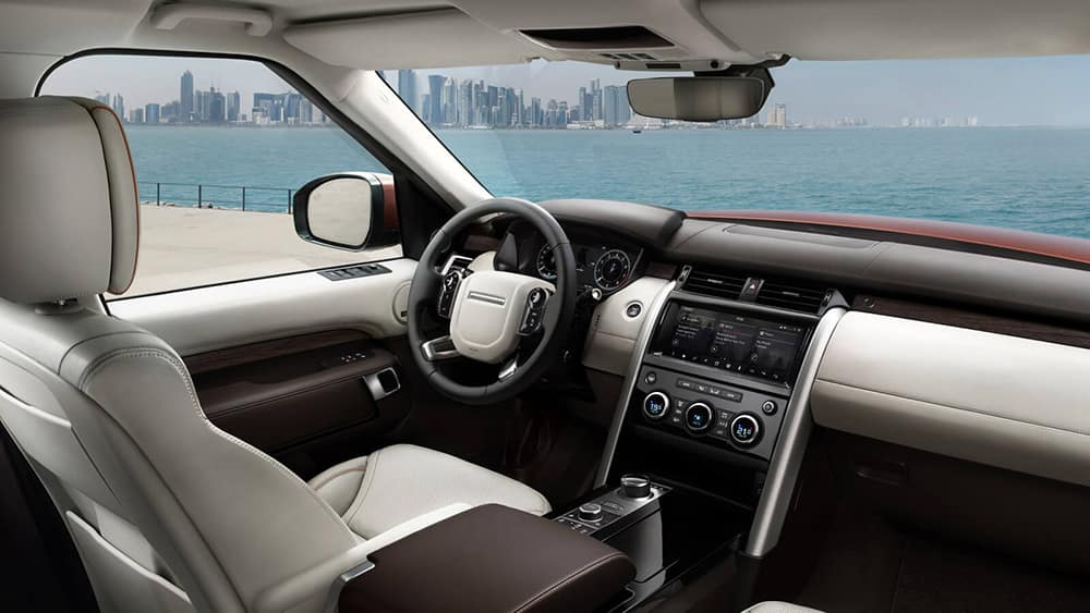 2019 land rover discovery int