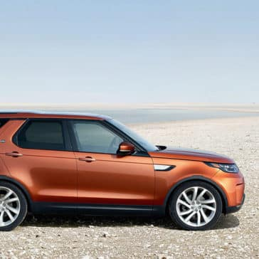 2019 land rover discovery profile