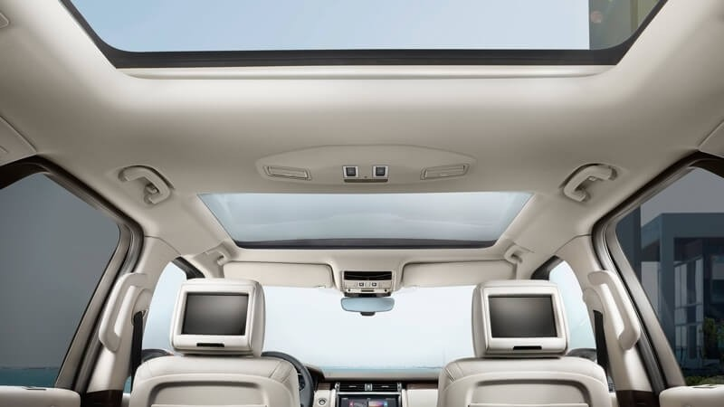2017 Land Rover Discovery Rear Entertainment System