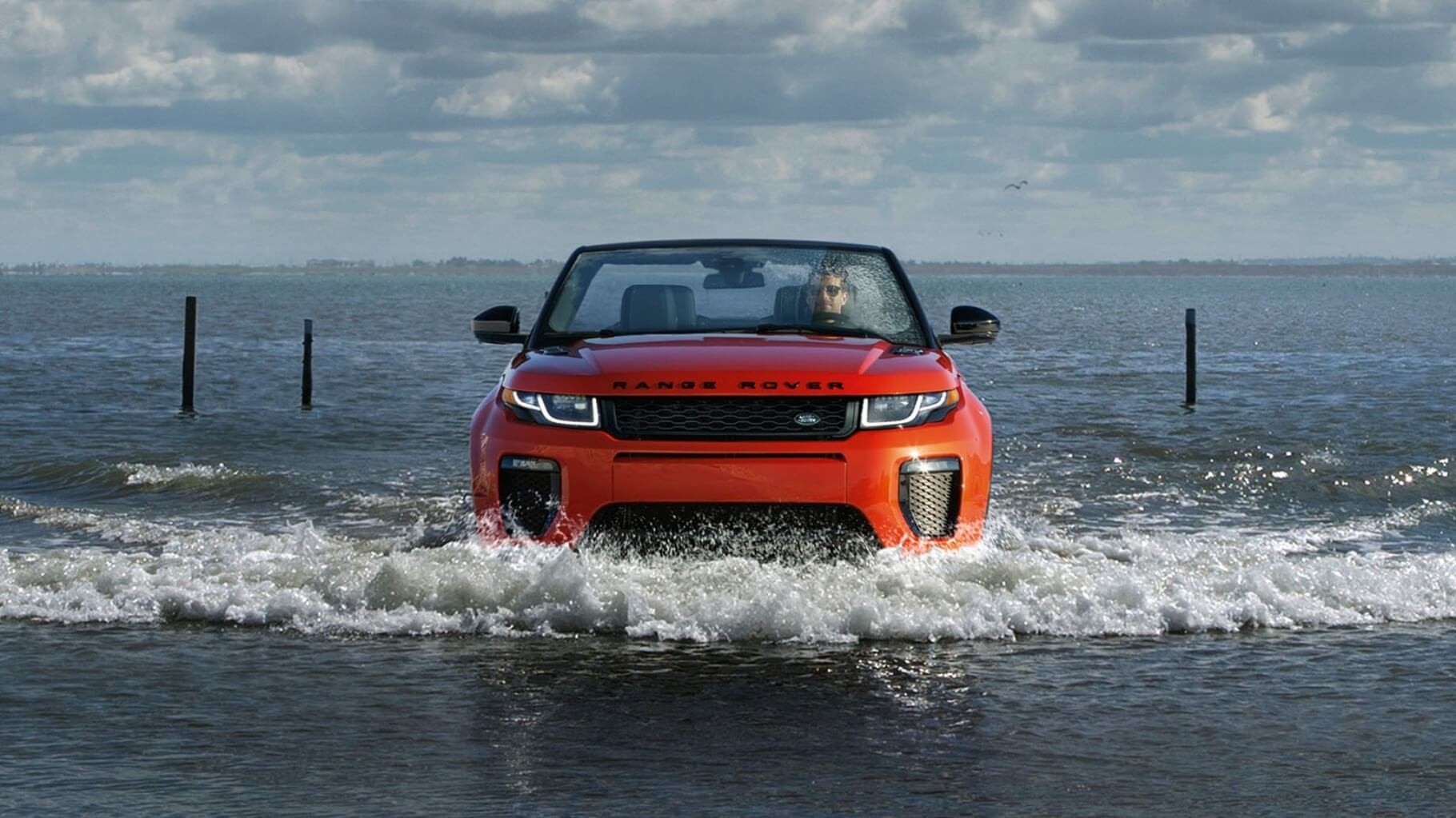 2017 Land Rover Range Rover Evoque Convertible driving through water