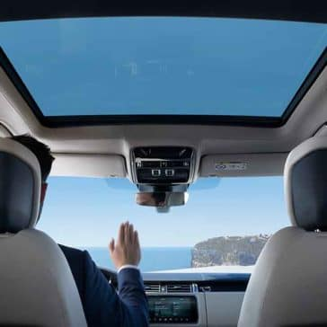 2018 Land Rover Range Rover Interior Features