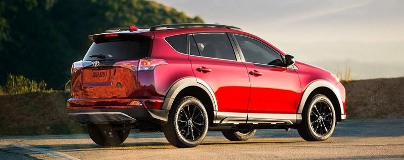 2018 Toyota RAV4 Exterior - Rear