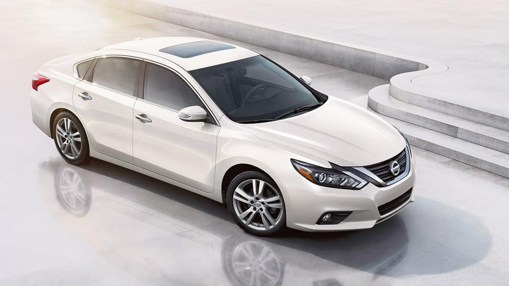 2018 nissan altima sedan side view pearl white original