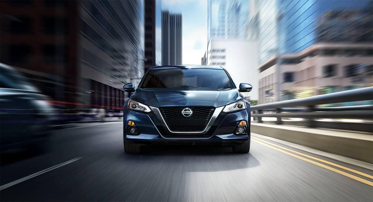 2019 Nissan Altima front exterior