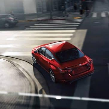 2019 Nissan Altima turning the corner