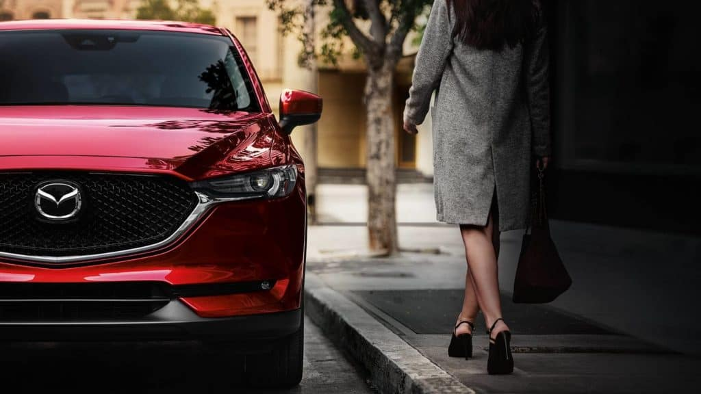 2018 Mazda CX-5 crossover SUV front grille
