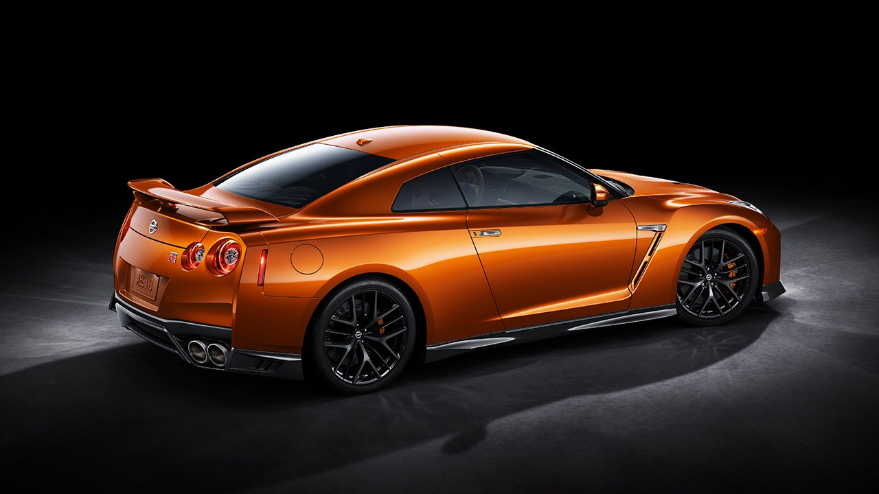 2017-nissan-gtr-side-profile-orange