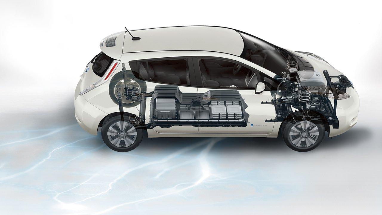 2017-nissan-leaf-electric-car-battery
