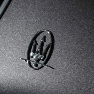 Maserati Levante Saetta Logo