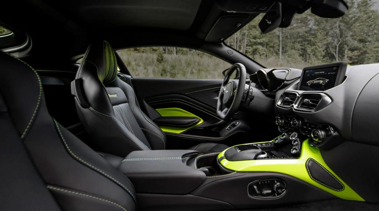 2021 Aston Martin Vantage Interior