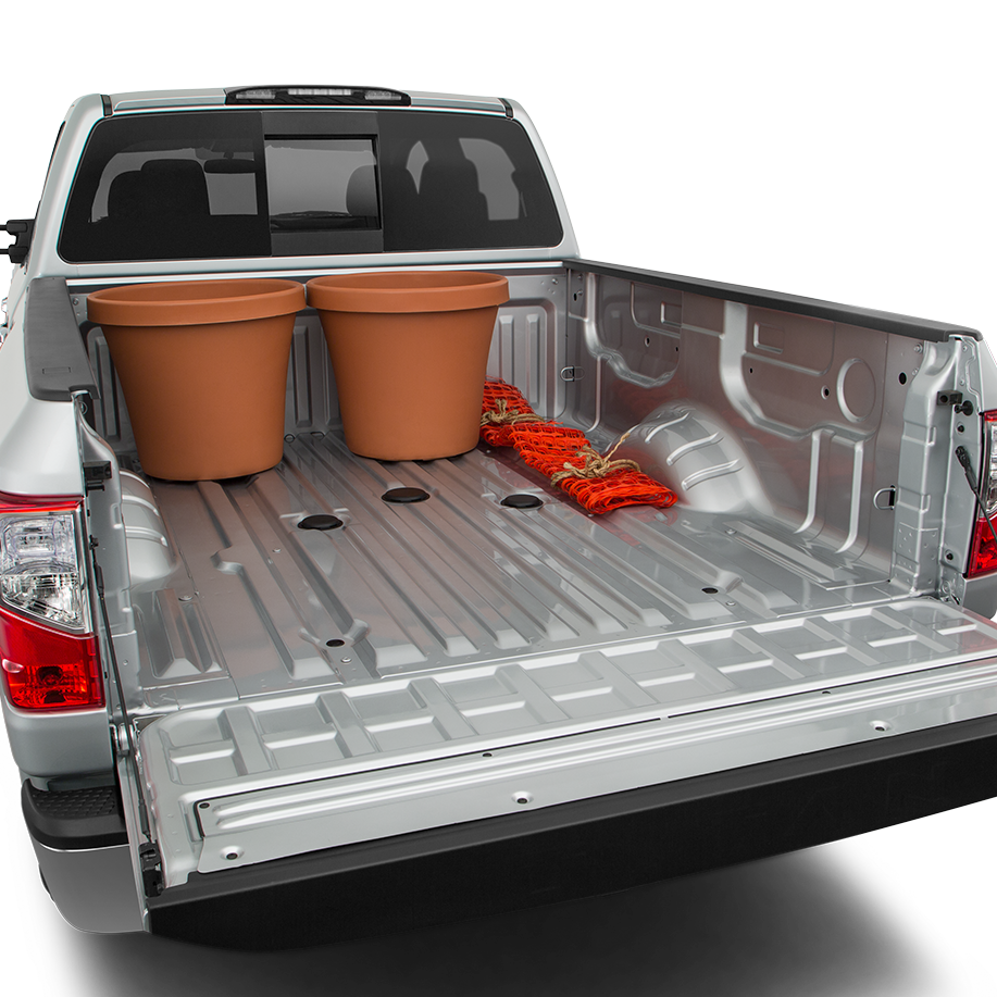 Nissan Titan XD Cargo Space