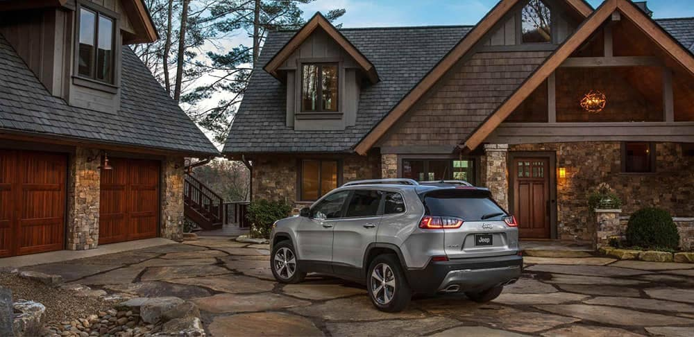 2019 Jeep Cherokee rear exterior
