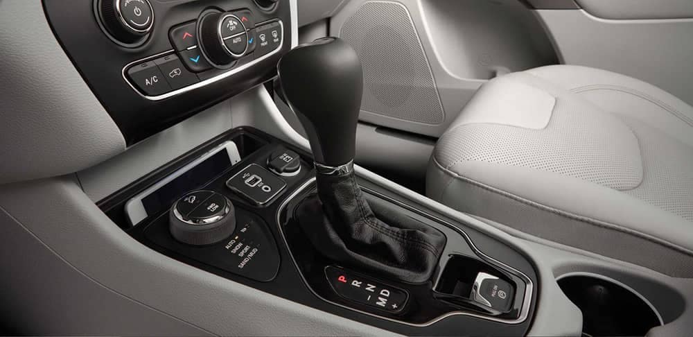 center console of 2019 Jeep Cherokee