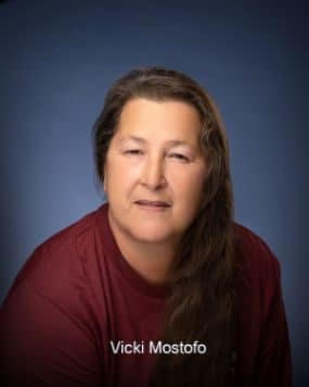 Vicki  Mosstofo