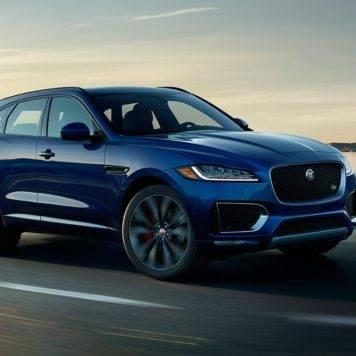 Jaguar F-PACE Ebony Black