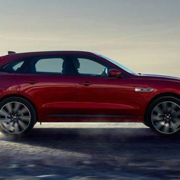 Jaguar F-PACE-Italian Racing red