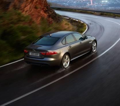 2017 JAGUAR XF AWD Premium