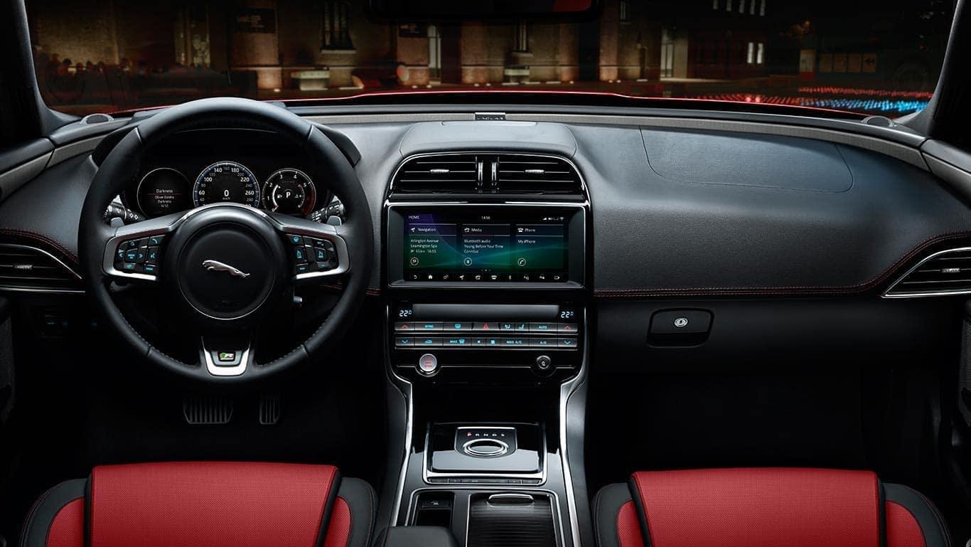 2019 Jaguar XE Interior 01