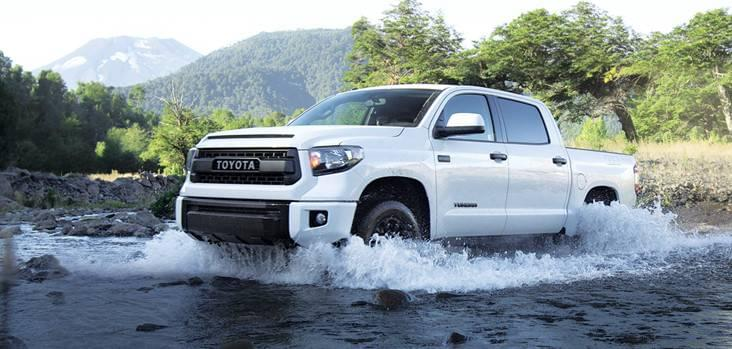 2017 Toyota Tundra Highway Thru Hell Right Truck