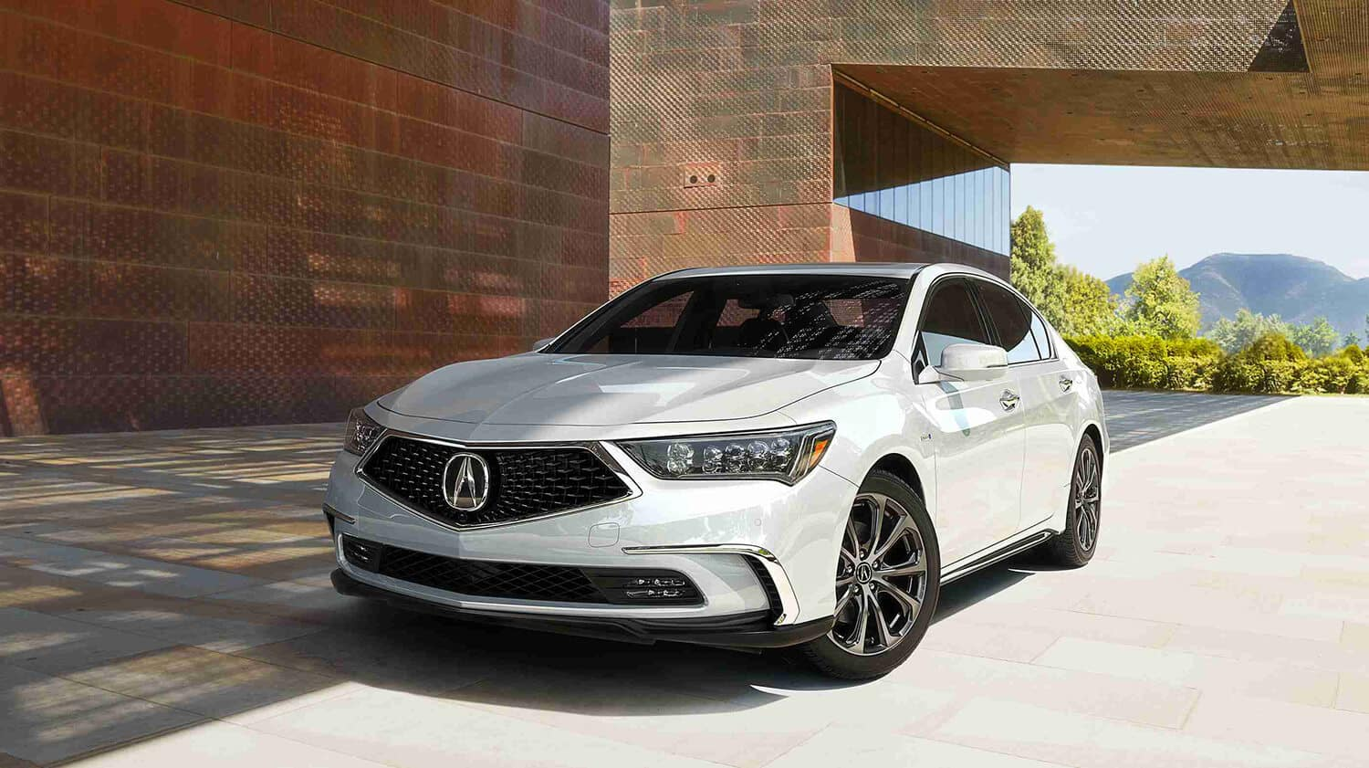 2018 Acura RLX Exterior Front Angle Driver Side White