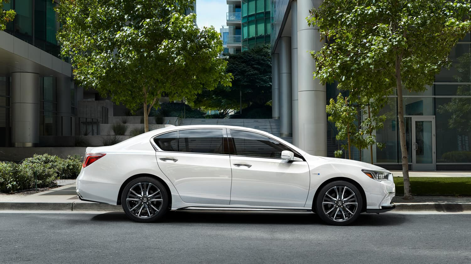 2020 Acura RLX Exterior Side Profile