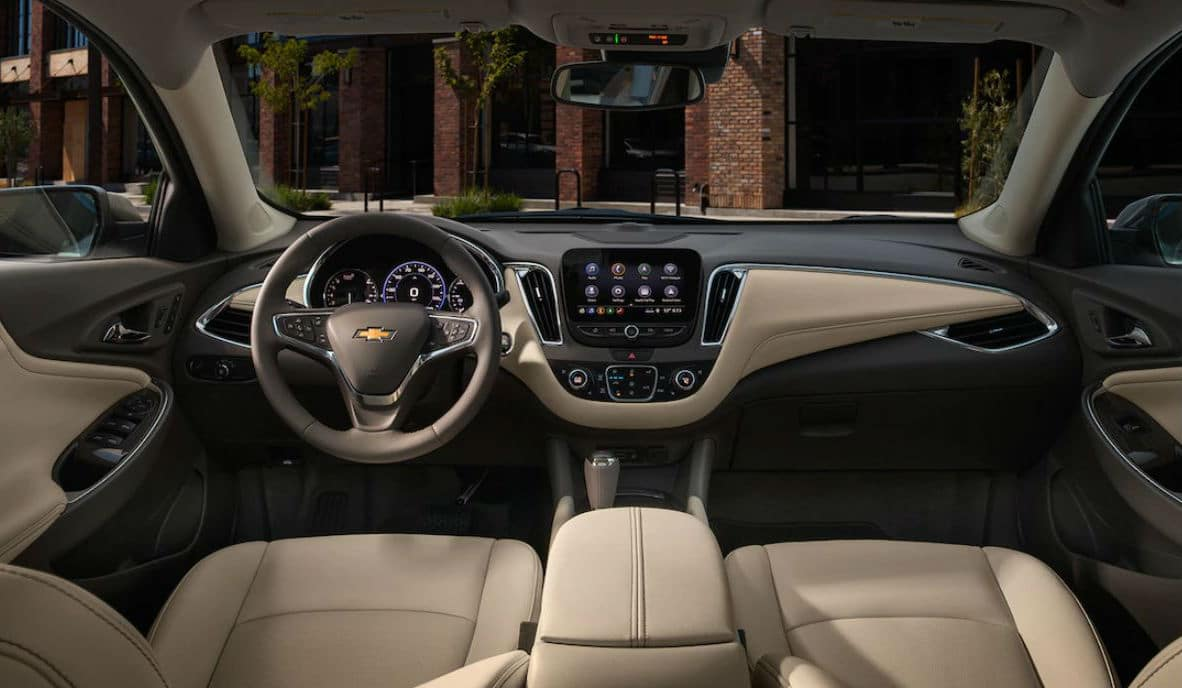 2019 Chevrolet Malibu Ron Westphal Chevrolet Batavia, IL