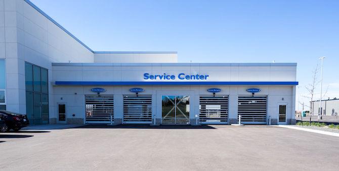 Serving you better schomp honda 39 s new service hours for Honda dealership hours