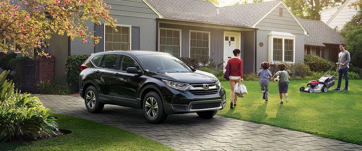2017-cr-v-lx-ext-34-front-driver-house-car-1400-1x