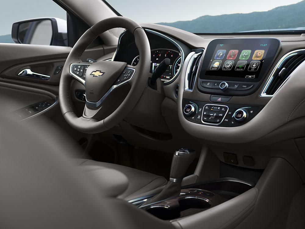 2017 Chevy Malibu Premier interior