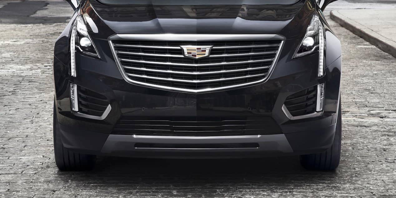 front of black 2018 Cadillac XT5